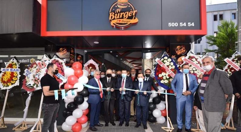 Ay Burger, Trabzon'da Açıldı