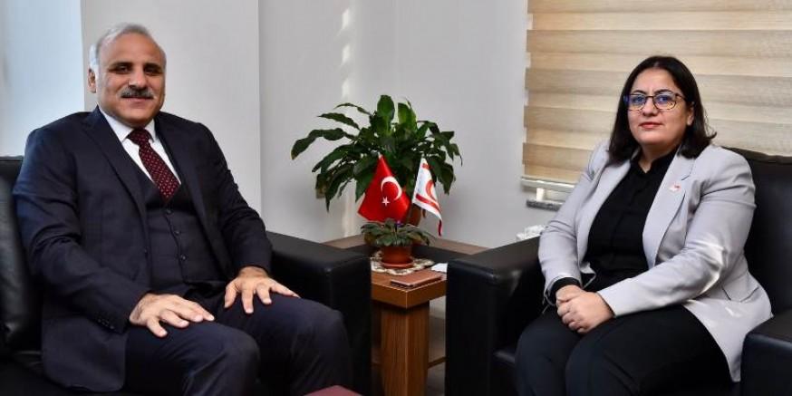 Başkan Zorluoğlu, KKTC Başkonsolosu Erden'i ziyaret etti