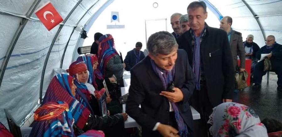 Evlat nöbeti tutan annelere 61. gün desteği Trabzon'dan geldi