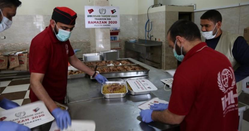 Gazze'de 2.270 Kişiye İftar