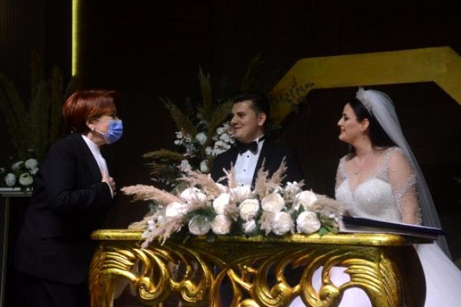 Meral Akşener, nikah şahidi oldu